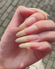 #handmodel #hand #naturalcolor #naturallongnails #nailsart #nails #longnails #nailpolish #nailstyle #mynails