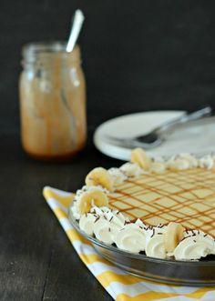 Banana Cream Pie with Coffee Caramel - Baking A Moment Banana Pie, Banana Cream, Tart Recipes, Baking Recipes, Fresh Fruit Tart, Kinds Of Pie, Best Sweets, Homemade Pie Crusts, Sweet Pastries