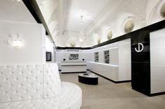 Le salon de coiffure spa cheveux Dessange à Paris