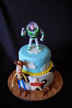 Would just put woody on top instead of Buzz