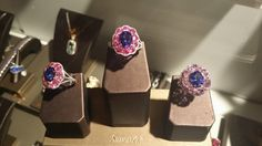 Simon G. does color gemstones right.