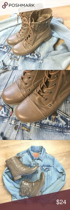 Guess Boots Tan lace up moto boots with side zips. Low heels. Industrial details, zippers & buckles. Very gently loved, very small mark on the left shoe as pictured in photo 2. G by Guess brand. Adorable, super fun for fall! G by Guess Shoes Combat & Moto Boots