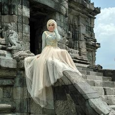 "this is what we call 'ROROJONGRANG"" in mistical history of these tample... model so sensual with azzyyu hijab fashion"