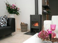Vanuit Huizen in Noord-Holland en Ansen in Drenthe is Ellen in Home Styling een jong en enthousiast bedrijf dat interieuradviezen geeft in Midden- en Noord Nederland.