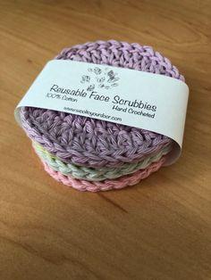 Free Pattern - Reusable Face Scrubbies Crochet Home, Crochet Gifts, Hand Crochet, Free Crochet, Crochet Owls, Crochet Kitchen, Crochet Pillow, Cotton Crochet, Knit Or Crochet
