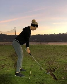 Exercise Videos, Workout Videos, Golf Swing Takeaway, Slow Motion Golf Swing, Cute Golf Outfit, Golf Practice, Golf Club Head Covers, Golf Videos, Golf Attire