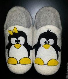Купить домашние валяные тапочки-шлепки из натуральной шерсти Пингвины - серый, тапочки