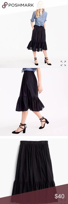 NWOT J. Crew Cotton dot Tiered midi skirt Black Black fully lined side pockets size 2 but can easily fit 4/6 J. Crew Skirts