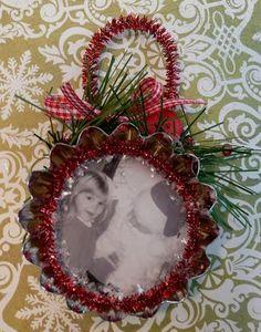 ornament made with mini tart pan thingys.. cute tute