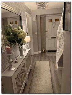 Stunning 20 Fabulous Hallway Decor Ideas For Home. Stunning 20 Fabulous Hallway Decor Ideas For Home. Home Interior Design, Interior Decorating, Small Hallway Decorating, Decorating Ideas, Interior Ideas, Interior Walls, Flur Design, Hallway Flooring, Hallway Inspiration