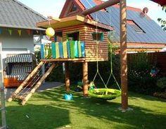 backyard garden Kinderspielhaus im Garten - garden Backyard Playset, Backyard Playhouse, Build A Playhouse, Backyard Playground, Backyard For Kids, Playhouse Ideas, Childrens Playhouse, Tree House Plans, Cool Tree Houses
