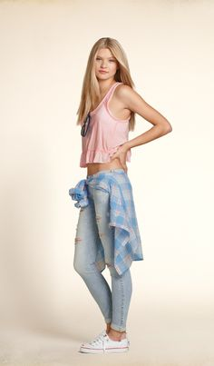 Meet me on the beach... | HollisterCo.com such a nice outfit really nice