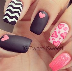 8 Heart Nail Designs for Valentines Day - Nails Love Nails, Fun Nails, Pretty Nails, Dream Nails, Heart Nail Designs, Cute Nail Designs, Awesome Designs, Pretty Designs, Valentine Nail Art