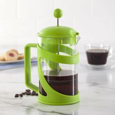 Make delicious french pressed coffee with our modern and stylish Plunge Coffee Press. The thermal shock resistant borosilicate glass makes Plunge Coffee Presses safe for pouring boiling water directly into the carafe and the heat resistant plastic handle means you won't burn yourself when pouring your perfectly pressed coffee.