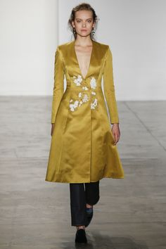 http://www.vogue.com/fashion-shows/fall-2016-ready-to-wear/brock-collection/slideshow/collection