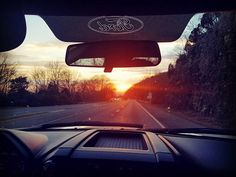 These are the moments I live for. Being in awe of a sunset over the ridge of a mountain. Driving into the future. Simply breathtaking. #sunset #travellife #travelforlife #travelgram #instatravel #alabama #inspiration by project_pack. inspiration #travelgram #travellife #instatravel #sunset #alabama #travelforlife