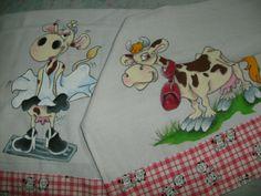 Panos de prato, pintados à mão, com motivo de vaca, com barrado em tecido inesmoreira60@hotmail.com