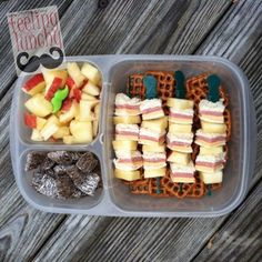 Fun #sandwich bites for #lunch! Packed in an #EasyLunchbox