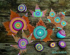 #YuliaArtDots #paintedleafs #natureart #mandala #dots #dotart #dotartpainting #turquoise #trees #art #myart #dotart #dotartw Aboriginal Patterns, Aboriginal Art, Dot Art Painting, Stone Painting, Rock Crafts, Arts And Crafts, Leaf Projects, Ephemeral Art, Classroom Art Projects