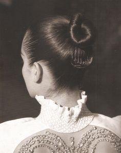 gentlewoman hair knot