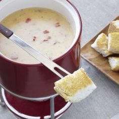 Badger's Cheddar Ranch Fondue Recipe 4 tablespoons unsalted butter (unsalted tomatoes (tomatoes peeled, cored, seeded, cut into ¼-inch paket ounce) Hidden Valley® Original Ranch Recipe, Recipe Mix, Recipe For 4, Fondue Recipes, Dip Recipes, Fondue Ideas, Veggie Recipes, Yummy Recipes