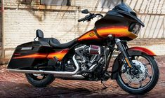 2015 Harley-Davidson<sup>®</sup> Sportster<sup>®</sup> SuperLow<sup>®</sup> Motorcycles Photos, Videos & 360°