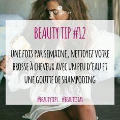 Astuce du jour : entretenez votre brosse à cheveux les filles. #beautistas #beautytips #hair #brush #clean #care #instahair