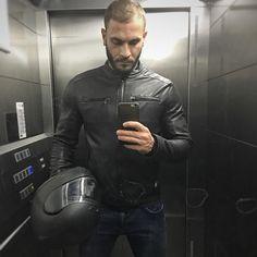 Leather dude leatherdude bikerdude biker lederkombi gayfetish