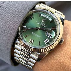 Rolex Day-Date Luxury Watches Collection. New and Authentic Watches for Sale. Rolex Watches For Men, Seiko Watches, Luxury Watches For Men, Elegant Watches, Stylish Watches, Beautiful Watches, Costume En Lin, Rolex Presidential, Authentic Watches