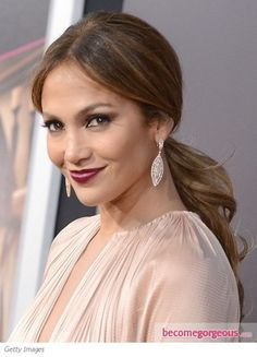 Perfect Ponytail and berry lips: Jennifer Lopez Wedding Ponytail Hairstyles, Unique Wedding Hairstyles, Casual Hairstyles, Celebrity Hairstyles, Headband Hairstyles, Hairstyles Haircuts, Perfect Ponytail, Sleek Ponytail, Long Layered Hair