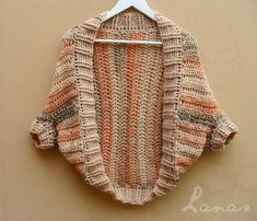 """(Crochet) Remember the """" Chocolate Shrug """" I recently made? Well, another friend wanted one too, so I made her one… ¿Recuerdan el """" ."""