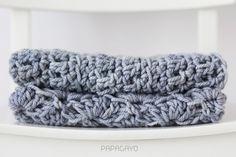 papagayo / cowl, scarf / infinity scarf / long cowl / gray cowl