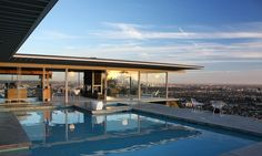 modern architecture - pierre koenig - case study house #22 - the stahl house - los angeles - california - exterior view - swimming pool