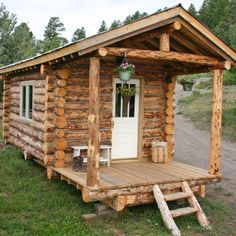 Log Cabin Builder - Tiny Log Cabin