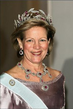 Queen Anne Marie of Greece in ruby and diamond parure