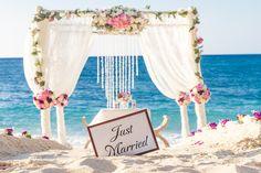 Beach wedding in Mallorca - What to prepare - http://www.punto-rosso.com/weddings/blog-en/beach-wedding-in-mallorca-what-to-prepare/