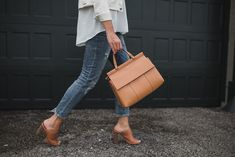 Neutral Tones with Eileen Fisher | The Teacher Diva: a Dallas Fashion Blog featuring Beauty & Lifestyle