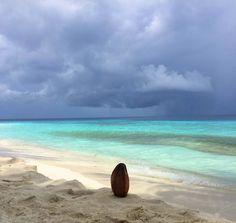 °Malediven in der Regenzeit ... einfach nur toll °Maldives in the rainy season ... just great Hawaii, Mood, Beach, Water, Outdoor, Europe, Rainy Season, Maldives, Ocean