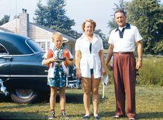 Vintage kodachrome via tommarkhamphotograpber flickr.com 1 Day, Family Album, Good Old, Vintage Colors, Vintage Photos, Backdrops, 1950s, Retro, Pants