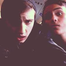 Tydelevi and Troye