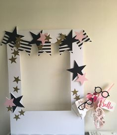 Pink, black & gold themed hen do selfie frame with props!- Pink, black & gold themed hen do selfie frame with props! Pink, black & gold themed hen do selfie frame with props! Picture Frames For Parties, Party Photo Frame, Party Frame, Birthday Photo Frame, Photo Frame Prop, Birthday Photo Booths, Birthday Frames, Birthday Photos, Diy Birthday