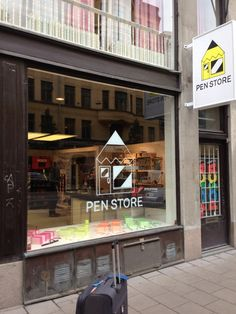 A store dedicated to pens. Stockholm, Pen Store, Broadway Shows, Places, Fun, Lugares, Hilarious
