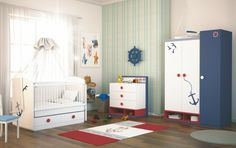 Babyzimmer einrichten - bunte Wandsticker verzieren die Möbel