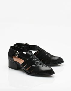 1f4dab70cac4 84 best Shoes-flats images on Pinterest