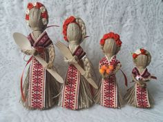 1 million+ Stunning Free Images to Use Anywhere Jute Crafts, Diy And Crafts, Baba Marta, Free To Use Images, Folk Art, Finding Yourself, Christmas Crafts, Gift Wrapping, Dolls