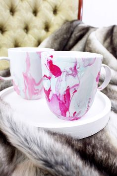 DIY marble-cup DIY gifts Christmas - Kreativkreis - New Ideas Diy Crafts For Adults, Diy Gifts For Kids, Diy For Kids, Diy And Crafts, Diy Christmas Presents, Handmade Christmas Gifts, Christmas Diy, Stars Nails, Diy Nagellack