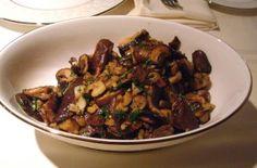 Setas al Ajillo – Mushrooms with Garlic