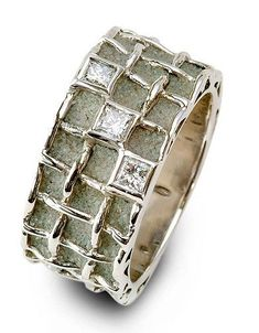 Patrice Fabre — Ring in gold and concrete with diamonds