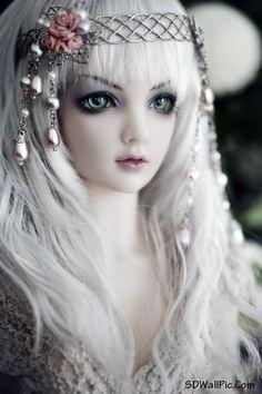 Resultado de imagen de doll beautiful wallpaper