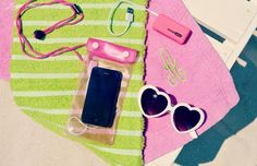 Travel tips #list -  summer -  #phone -  #vacation,  towels -  #essencials,  holidays